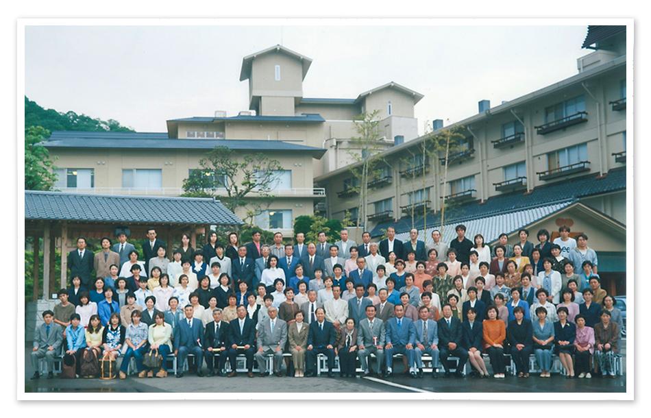 ごあいさつ 株式会社 関越サービス 代表取締役 小川明彦